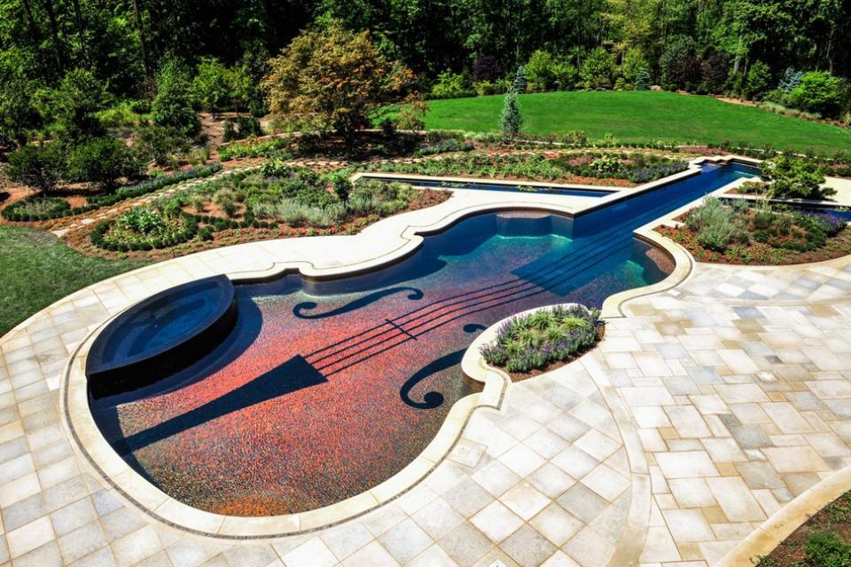 Beautiful-Landscape-Design-with-Unique-Pool